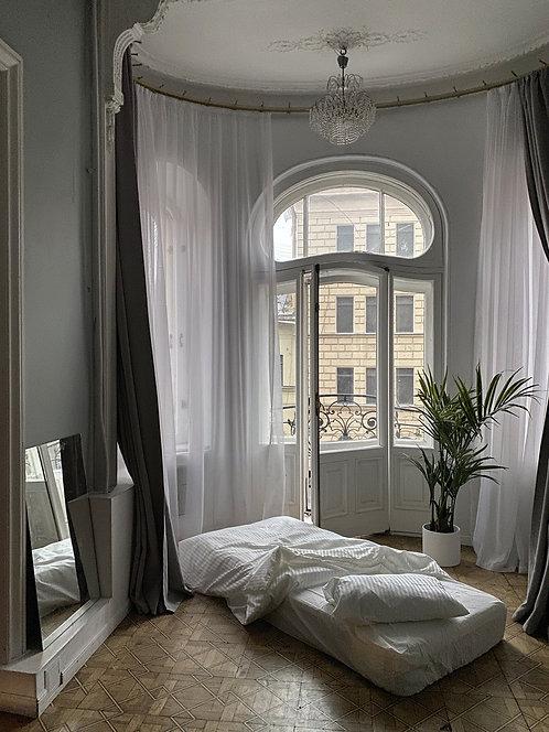 Матрас и комплект постельного белья