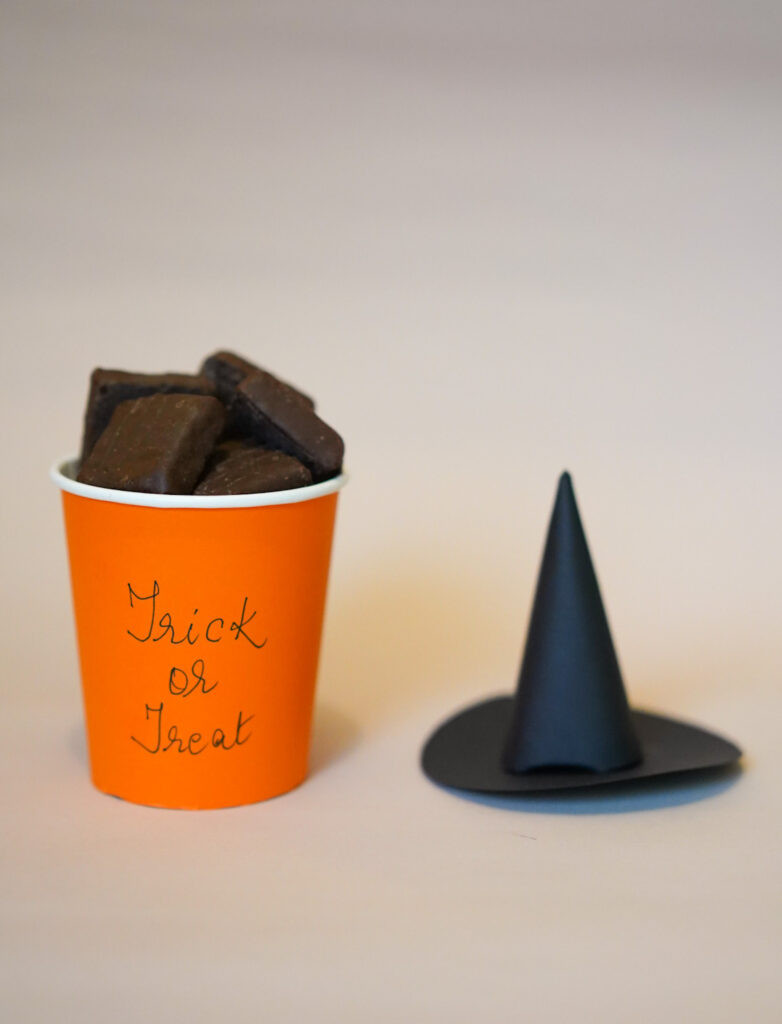 Halloween craft Trick or Treat Witch Hat Cup using paper cups