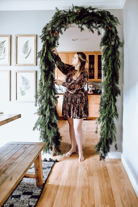 arched christmas garland