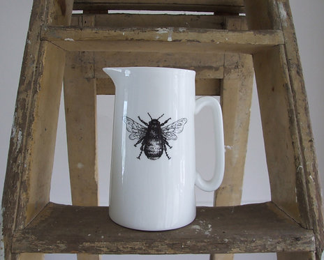 Mr Bumble Farmhouse Jug - Large