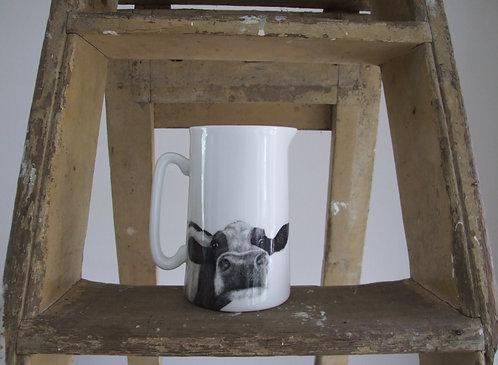 Beau Farmhouse Jug - Medium