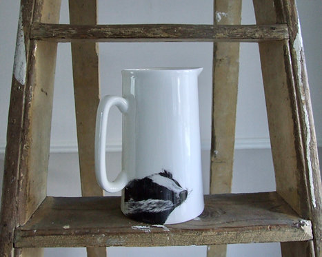 Burghley Farmhouse Jug - Large