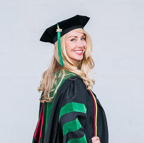 Courtney Grad Pics-95.jpg