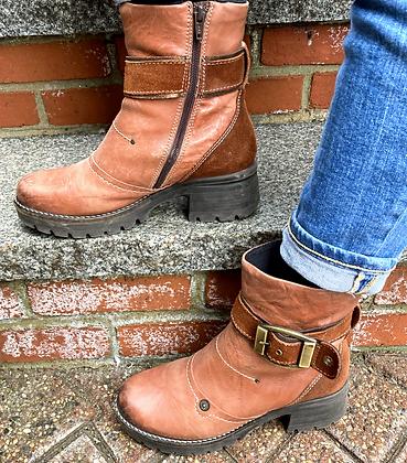 Dromedaris Chunky Leather Boots ~ Size 7.5