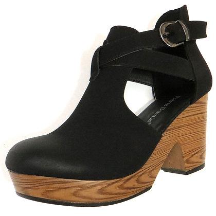 Lightweight Black Platform Clogs