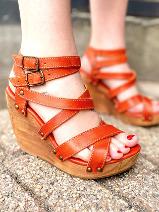 Bed Stu Strappy Wooden Wedge Sandals ~ Size 8