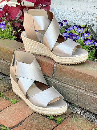 Eileen Fisher Silver Metallic Rope Wedges ~ Size 10