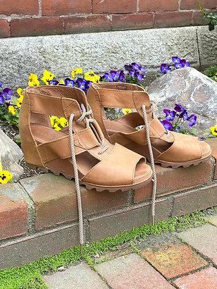 Sorel Leather Sandals ~ Size 11
