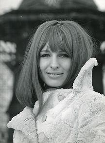 1968-189 Hans J Hoffmann_Universal_600 d