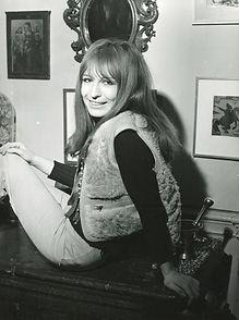 1968-196 Hans J Hoffmann_Universal_600 d