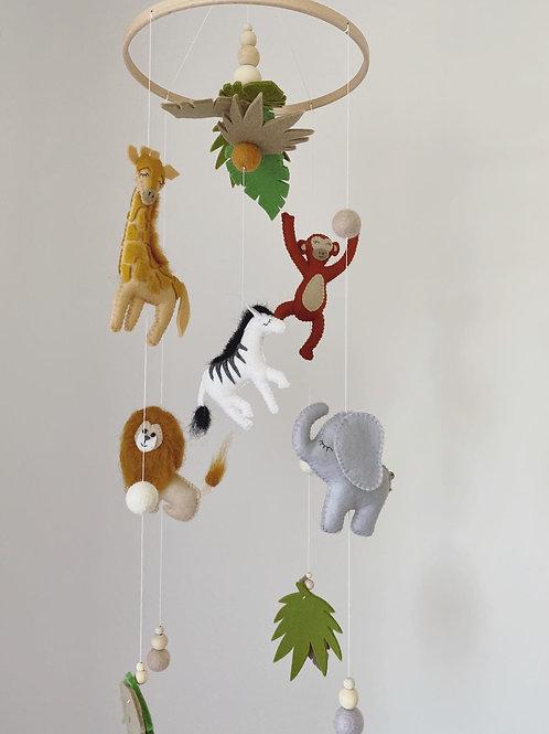 5 character safari