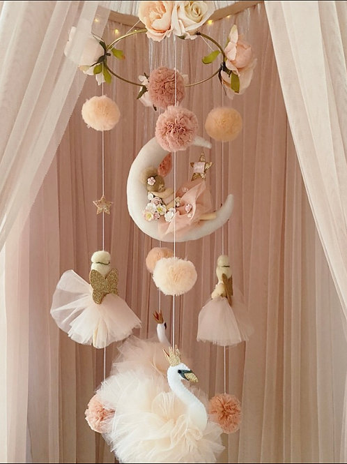 Sleeping Ballerina with Fairies & Pom-poms Swans