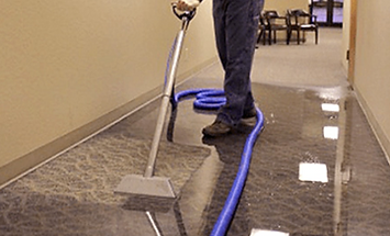 water-extraction-from-carpet-in-aurora-c
