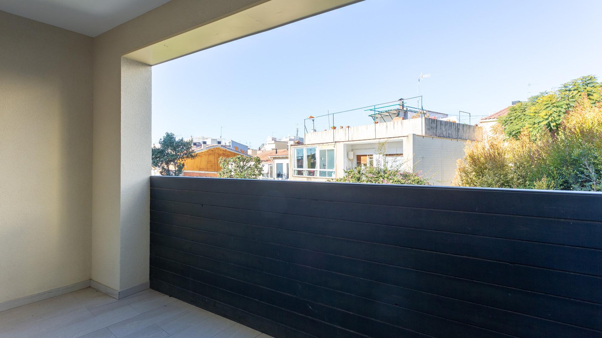 Балкон / Balcony