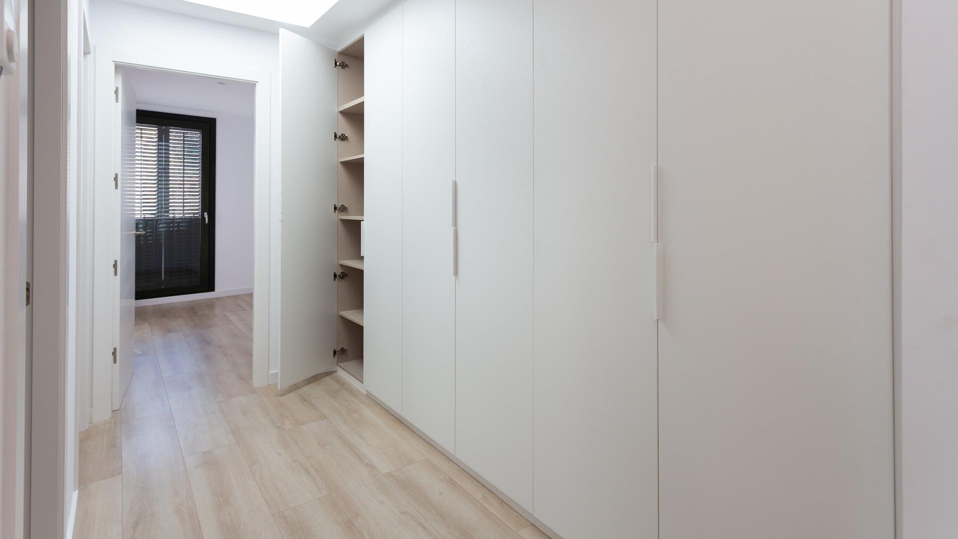 Шкафы в детской / Closets for children