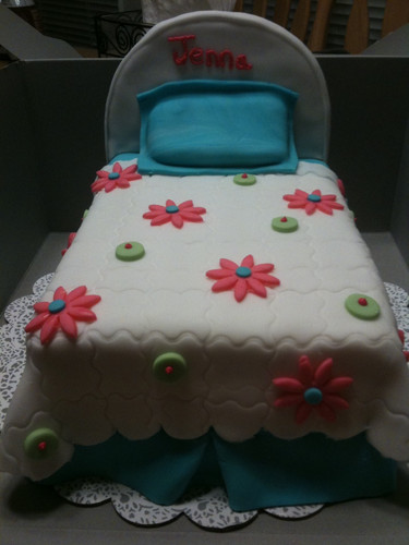 Girls slumber party fondant cake