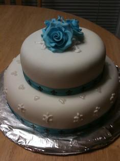 Fondant bridal shower cake