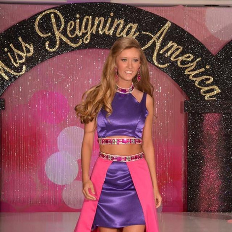 Great funfashion that was replaced with new skirt and bodice.