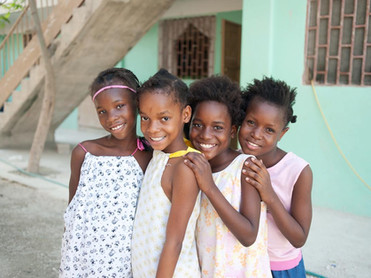 4 beautiful girls