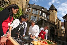 Cuisine au cœur de Sarlat - Tourisme d'affaires en Périgord Noir