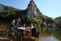 Réunion les pieds dans l'eau - Tourisme d'affaires en Périgord Noir