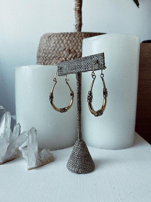Earrings E