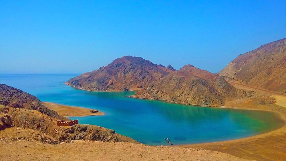 Foto Golfo de Agaba no lado egípcio (Foto: Luiz Oliveira)