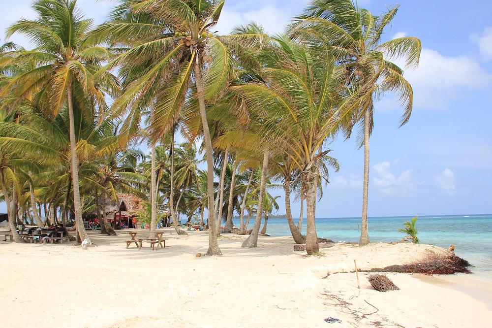 Praia no Panamá