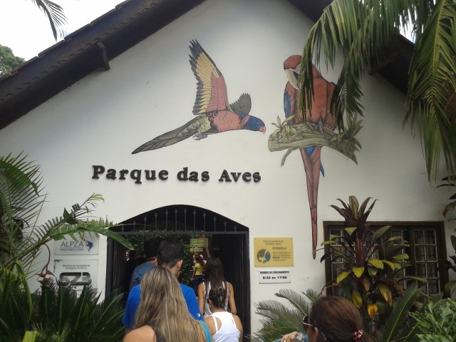 Fachada Parque das Aves