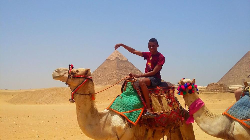FOTO: Luiz nas pirâmides