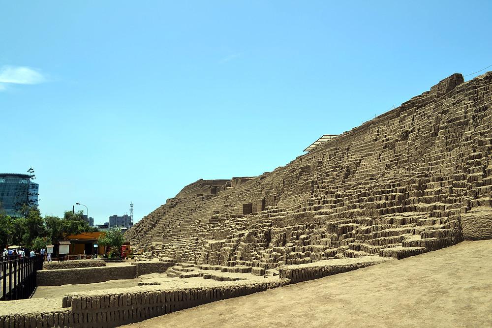 Piramide - Huaca Pucllana