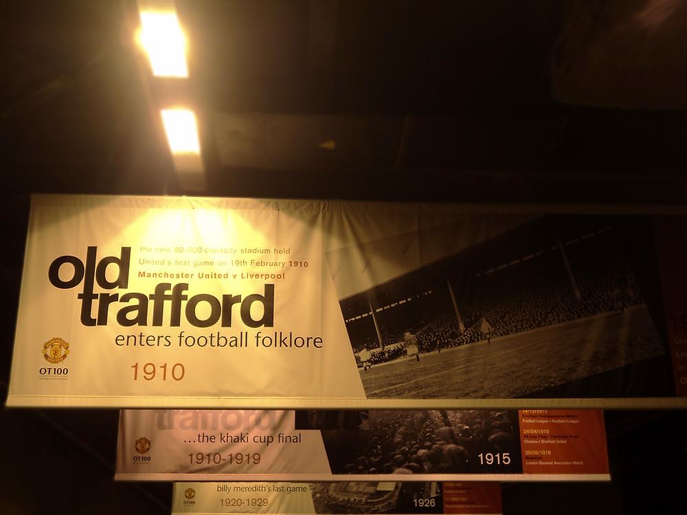 Cartaz em Old Trafford
