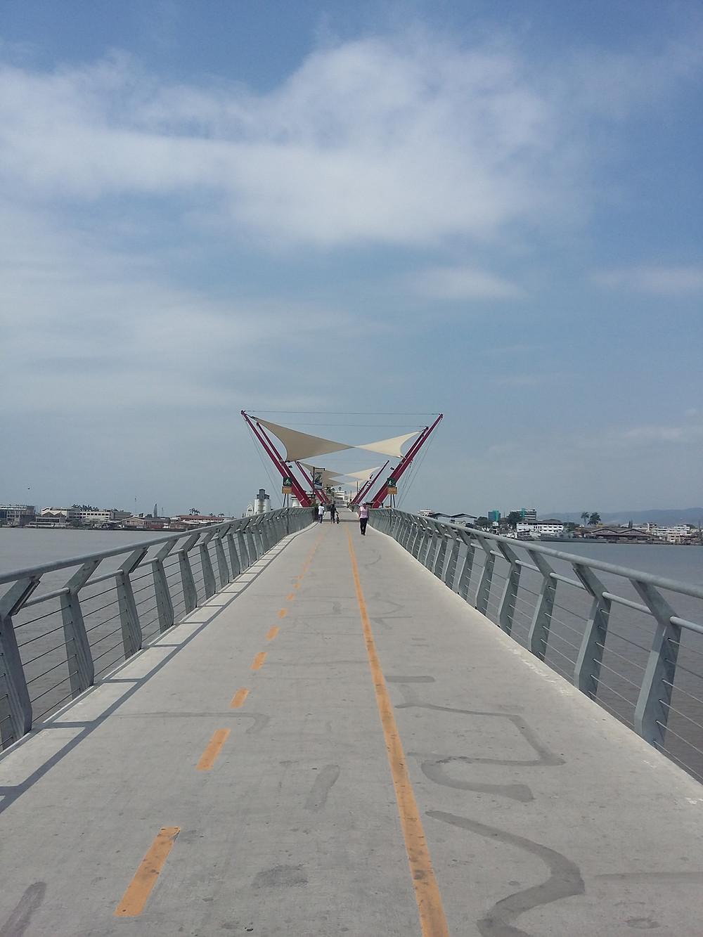 Ponte acesso a Isla Santay