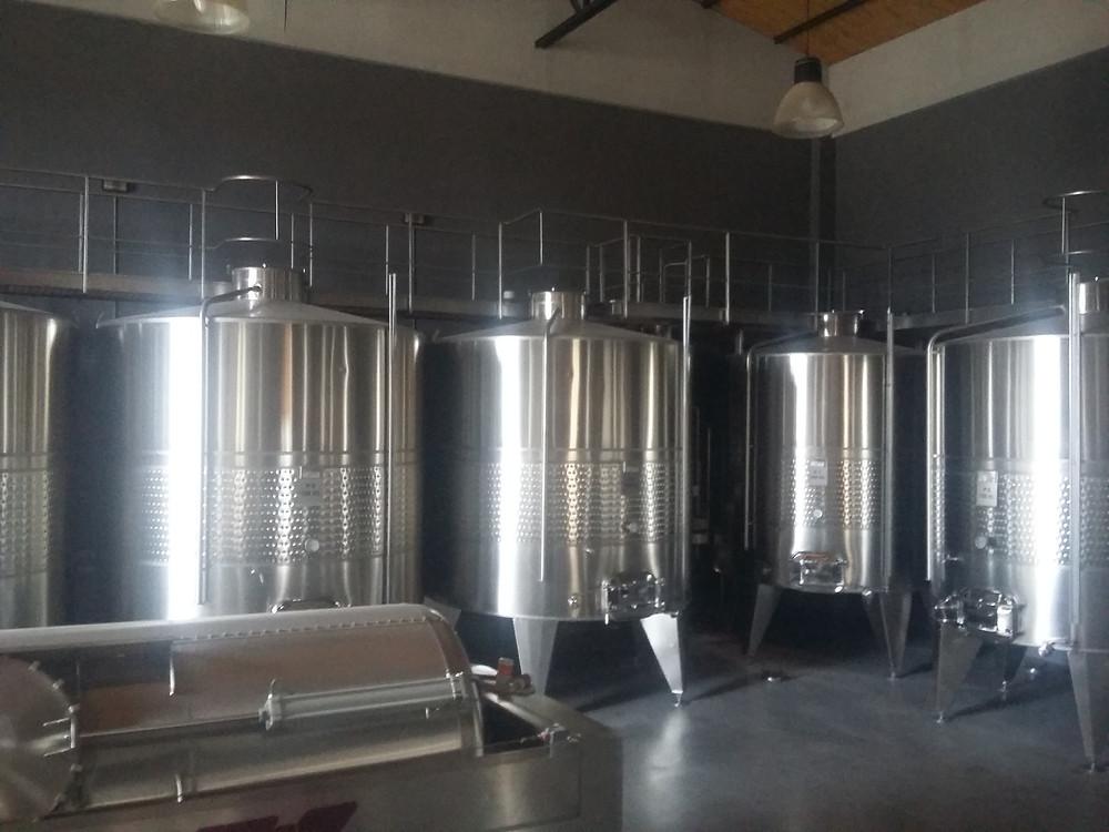 Tanques de produção de vinho