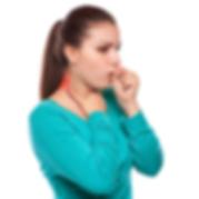 Hustende Frau mit Nackenschmerzen