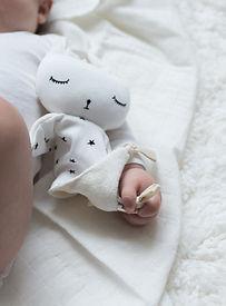Wee Gallery - Organic cuddle bunny stars