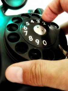 1241104_old_phone_2.jpg
