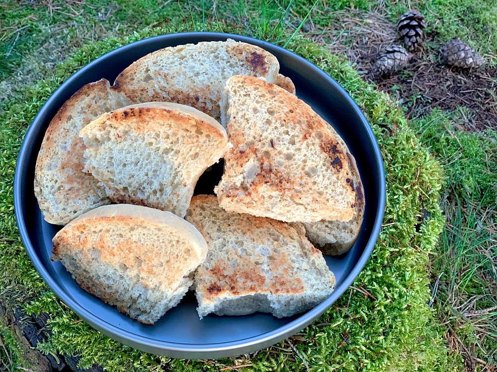 Veganske hveder bagt i Trangia