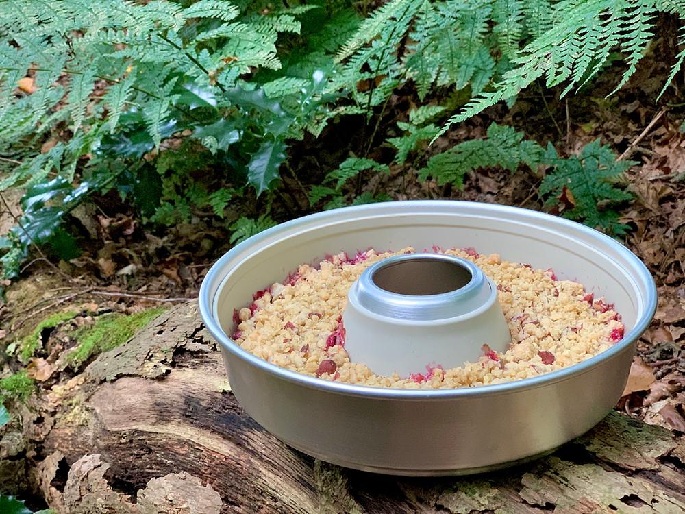 Vegansk æblecrumble bagt i Omnia ovn