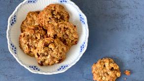 Småkager med abrikoser og hasselnødder