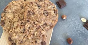 Cookies med hasselnødder og lys chokolade