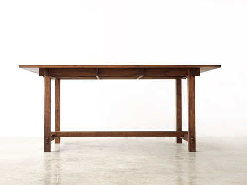 Dovetail Joint Table