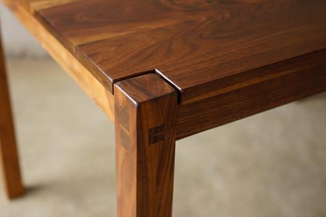 성빈씨 테이블 디테일 1.jpg