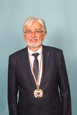 Писателят Мартен Калеев