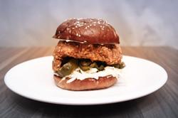 AMPERSANDWICH - Crispy Chicken Sandiwich