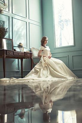 wedding-dresses-1486247.jpg