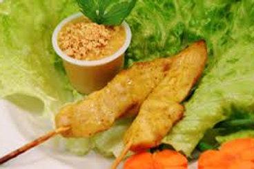 4 Brochettes de poulet et légumes Chez May Traiteur Thaïlandais