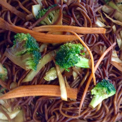 Nouilles chinoises aux légumes Chez May Traiteur Thaïlandais