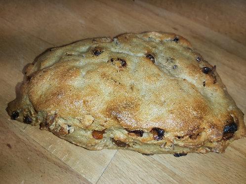 PAIN RAISIN AMANDE NOISETTE ABRICOT BIO 500 gr Le pain de l'Oustal