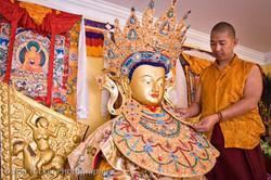 Ven. Lama Konchok Sonam assembles the US Jowo Rinpoche Statue